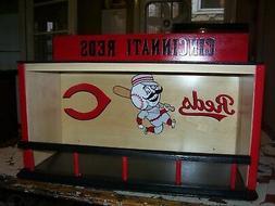 Cincinnati Reds Bobble Head Display Case Pinewood with Batte
