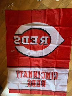 "Cincinnati Reds Flag 36"" X 47"" MLB Licensed Banner"