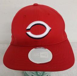 Cincinnati Reds Red Color Men's Snap Back New Era Brand Flat
