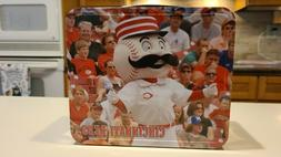 Collectible 2008 Cincinnati Reds metal lunchbox MLB Mr Red B