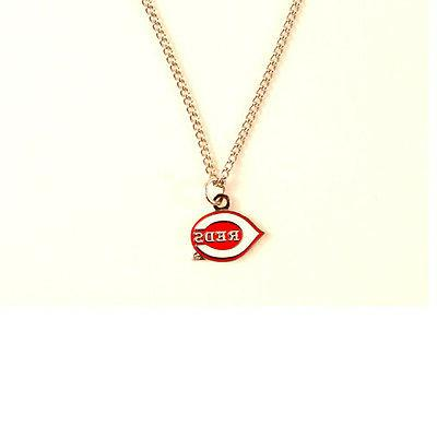 cincinnati reds logo pendant necklace with chain